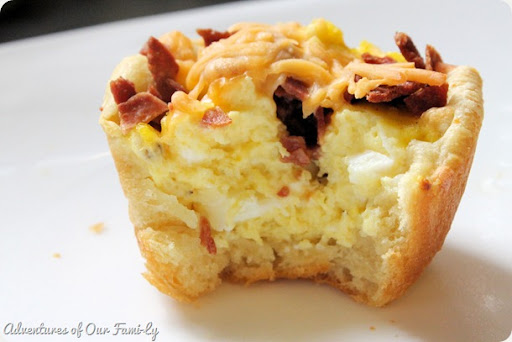 recipe breakfast cups with eggs turkey and cheese