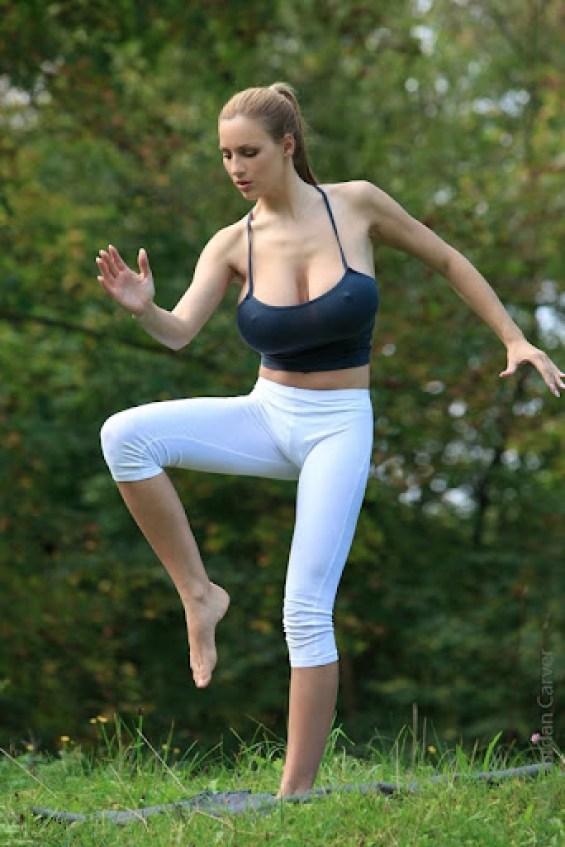 Jordan Carver Yoga 3