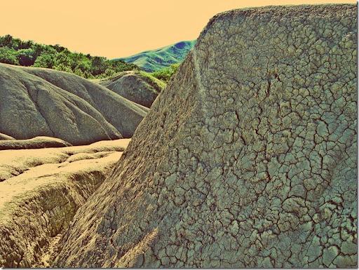 mud_volcano_11