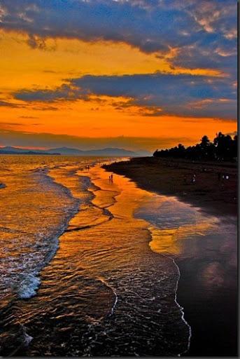 Sunset beach,costa rica