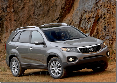 Kia-Sorento_2011_1024x768_wallpaper_13