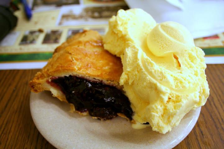 Boysenberry Pie ala Mode