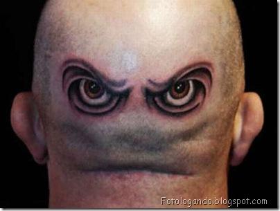 Tatuagens em cabeças raspadas