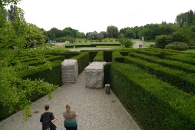 Hedge maze in Berlin. Wowser!!