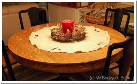 burlap table runner holiday