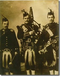 blackwatch-pipers
