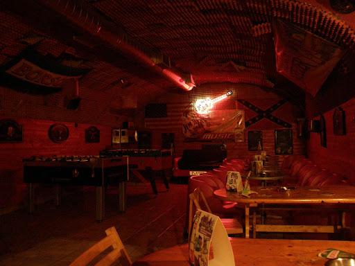Red Cat Pub VI.aradi u 55, Budapest VI
