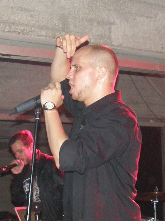 Larry Hangman, Budapest, blog, Gödör Klub
