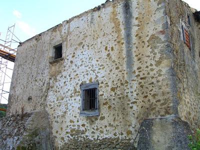 Muro este de Sol de Sagastui (comienzo de derribo)
