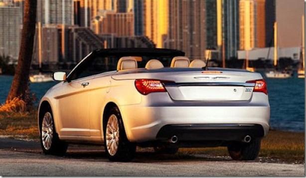 02-2012-chrysler-200-convertible-leaked-shots