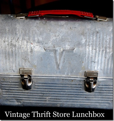 vintage thrift store lunchbox