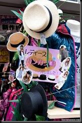 2010-03-23-Harajuku-Hats-026-P6797-600x903