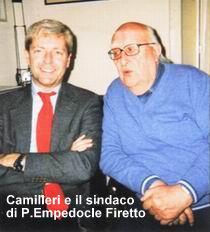 Camilleri con il sindaco Calogero Firetto di P.Empedocle