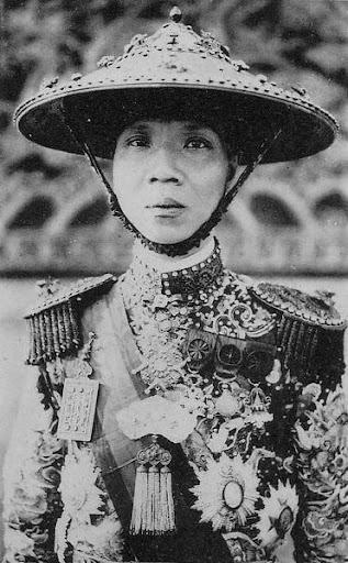 Chi Trung Minh Ho Tan Nguyen Cua Con