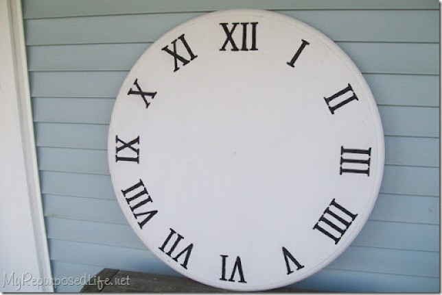 faux clock out of an old kitchen table top