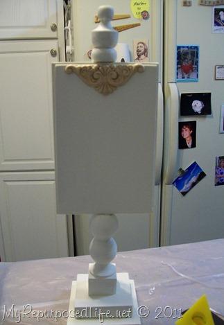 pedestal display stand decor
