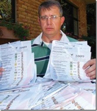 Ballot papers Jakkie Geldehuys found near White River Pic BuksViljoenBeeldApril212009