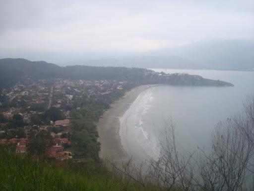 Morro entre Guaíca e Barequeçaba