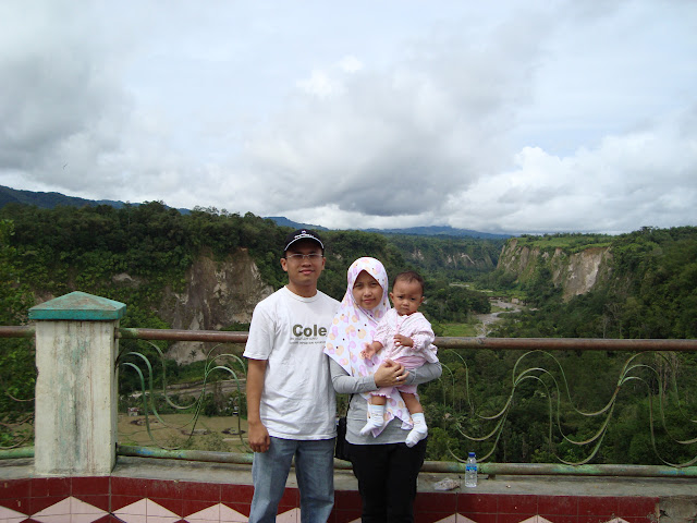 Andhis Family