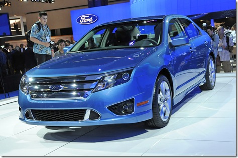 01_2010_ford_fusion_live