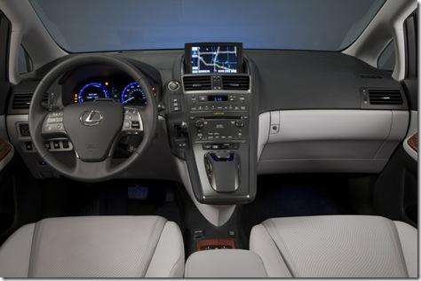 Lexus HS 250h 30