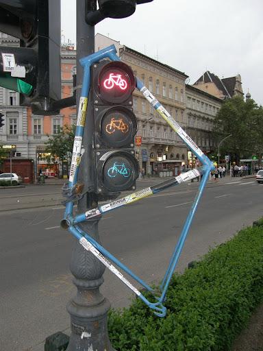 Budapest,  blog, bicikli,  kerékpár, Oktogon,  Andrássy út, critical mass