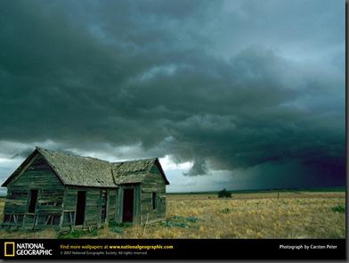 cloudsforetelltornado-752110-lw