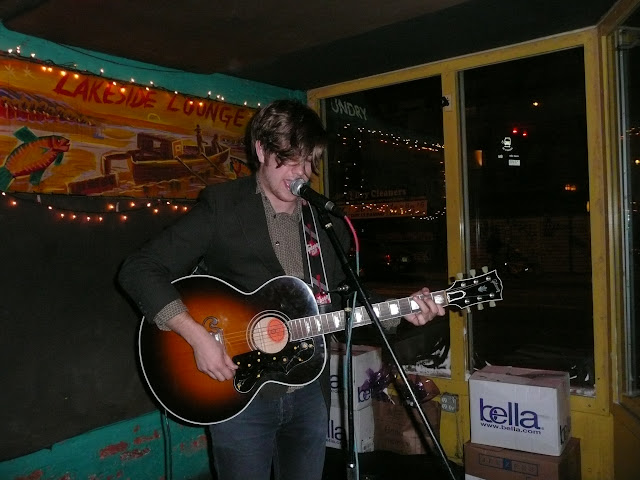 Bobby Long - April 09 (Lakeview Lounge)