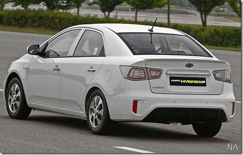 Kia Forte LPI Hybrid1