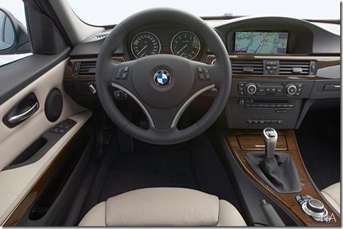 BMW-3-Series_2009_800x600_wallpaper_13