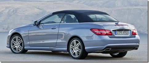 2010-Mercedes-Benz-E-Class-Convertible-12