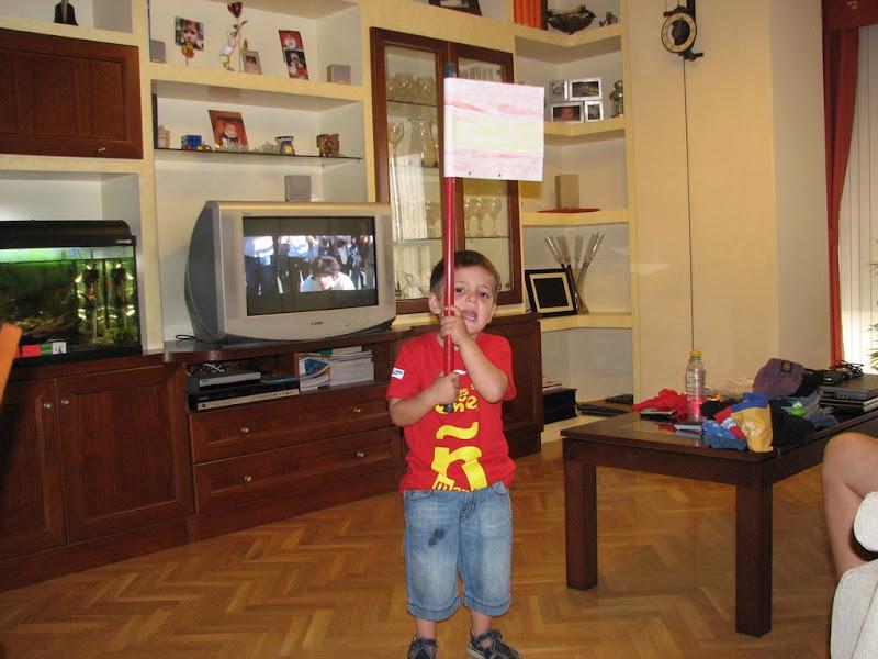 Daniel animando a España