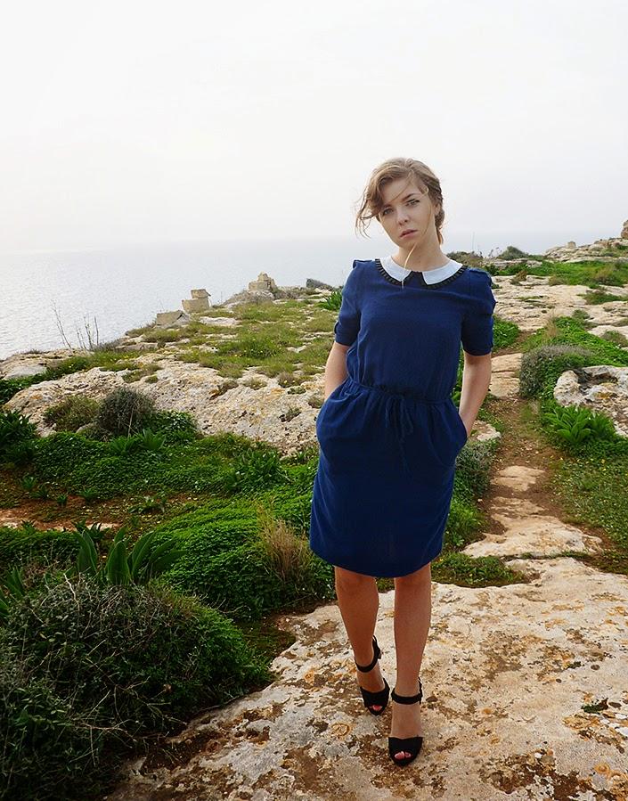 outfit ideas, how to wear a blue dress, dress with claudine collar, sannat cliffs, landscape Malta Gozo