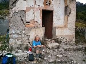 walk to Les Lac: Picnic at ruined chapel