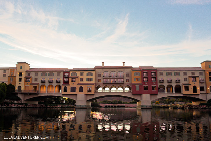 Kissing under the Ponte Vecchio Bridge // Things to Do in Lake Las Vegas.