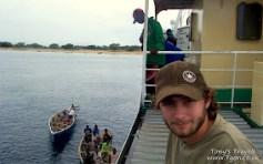 Passengers leaving the boat