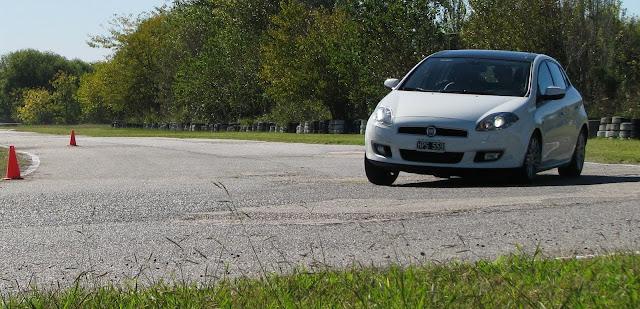 Fiat%2520Bravo%2520y%2520Peugeot%2520308Sport_3350.JPG