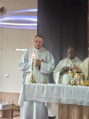 2014 12 26 Charyzmatyk z Ugandy