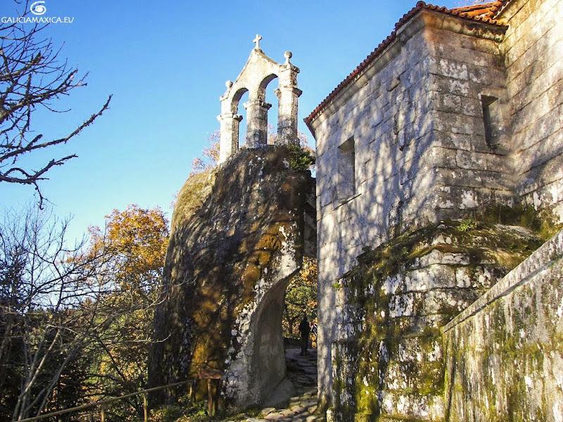Moansterio de San Pedro de Rocas