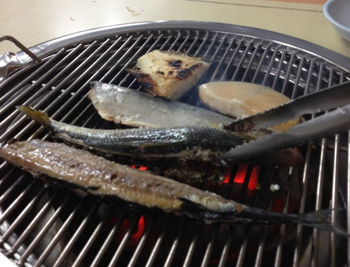 Grilled fish in Sokcho, Hawaii