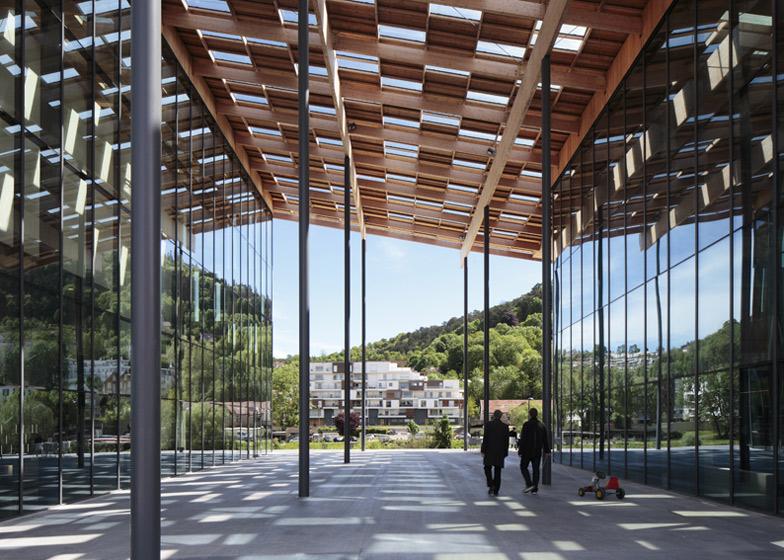 #融合自然與禪意的藝術中心:Besançon Art Center and Cité   de la Musique 1