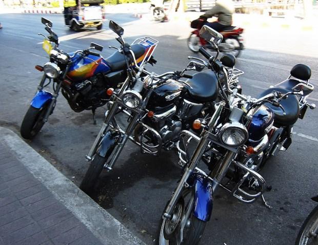 большие мотоциклы в аренду в Чианг Мае