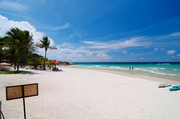 印尼民丹島沙灘