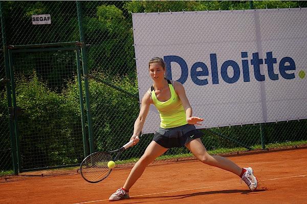 Elien Crombez in de Deloitte Open Izegem