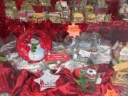 It's Still Christmas In The Castleton Shops