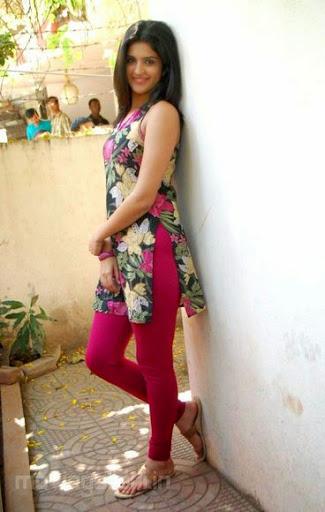Deeksha Seth Weight