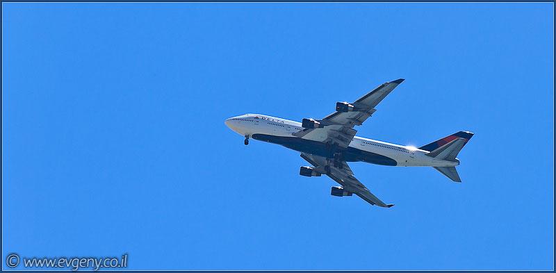 Boeing 747-400 Jumbo