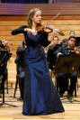 La violinista alemana Ute Klemm interpretó el Concierto No. 3 para violín y orquesta en Sol Mayor, K. 216, de Mozart, acompañada por la Orquesta Sinfónica Simón Bolívar bajo la conducción de Diego Guzmán