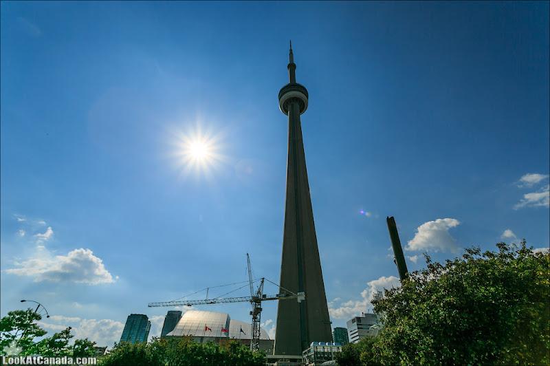 LookAtCanada.com / CN Tower в Торонто