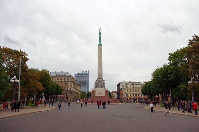 Qué ver en Riga. Monumento a la Libertad, Riga